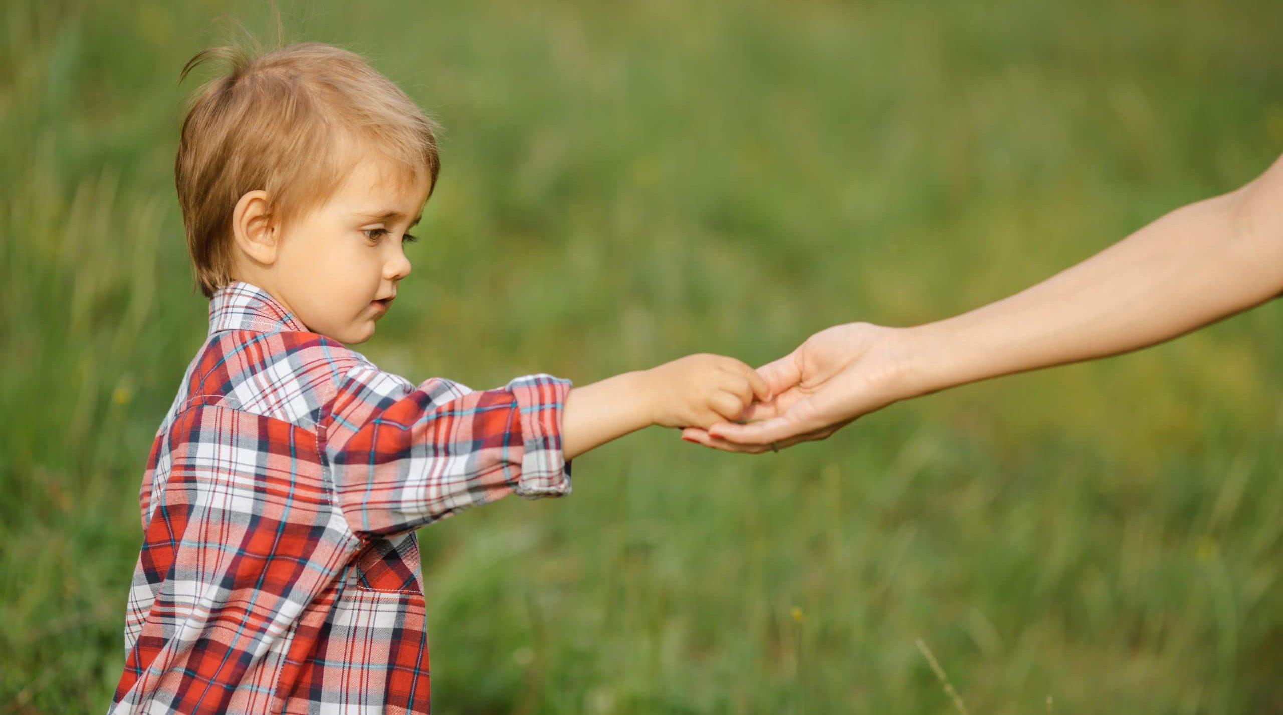 הדסה גהלי: משמעות הסמכות ההורית בעידן של ירידת הדורות