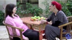 סביר פלוס: פרק מיוחד של 'רוח נשית' – אורלי גולדקלנג מארחת את המשוררת אריאלה סביר