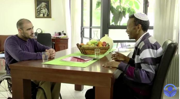 בגלל הרוח: רועי בן טולילה חושף את סיפורו המטלטל של הרב שרון שלום שעלה מאתיופיה