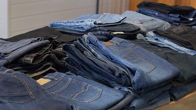 האם אפשר לקנות בגדים בתשעת הימים? הרב שלמה אבינר עונה