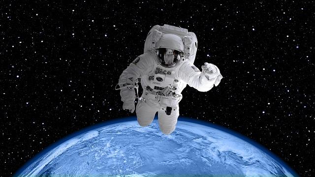 מה גילה האסטרונאוט הראשון ואמונה באלוקים – הרב יוני לביא
