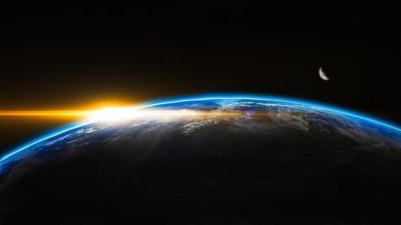 כיצד מסתדר גיל העולם לפי התורה עם טענות המדע? הרב שלמה אבינר עונה