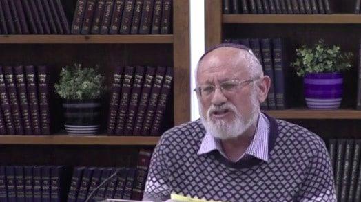 סיפורו האישי של הרב מאיר שורש כילד בשואה