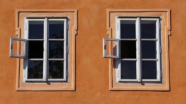 כיצד איסור פתיחת חלון מול חברו קשור לפרשת בלק, ואיך תורת החלונות בונה את המקדש? הרב אייל ורד לפרשת בלק