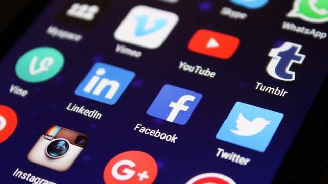 מה עושים ילדנו ברשתות החברתיות ומה תפקידנו? הארות חינוכיות להורים עם הרב יונה גודמן