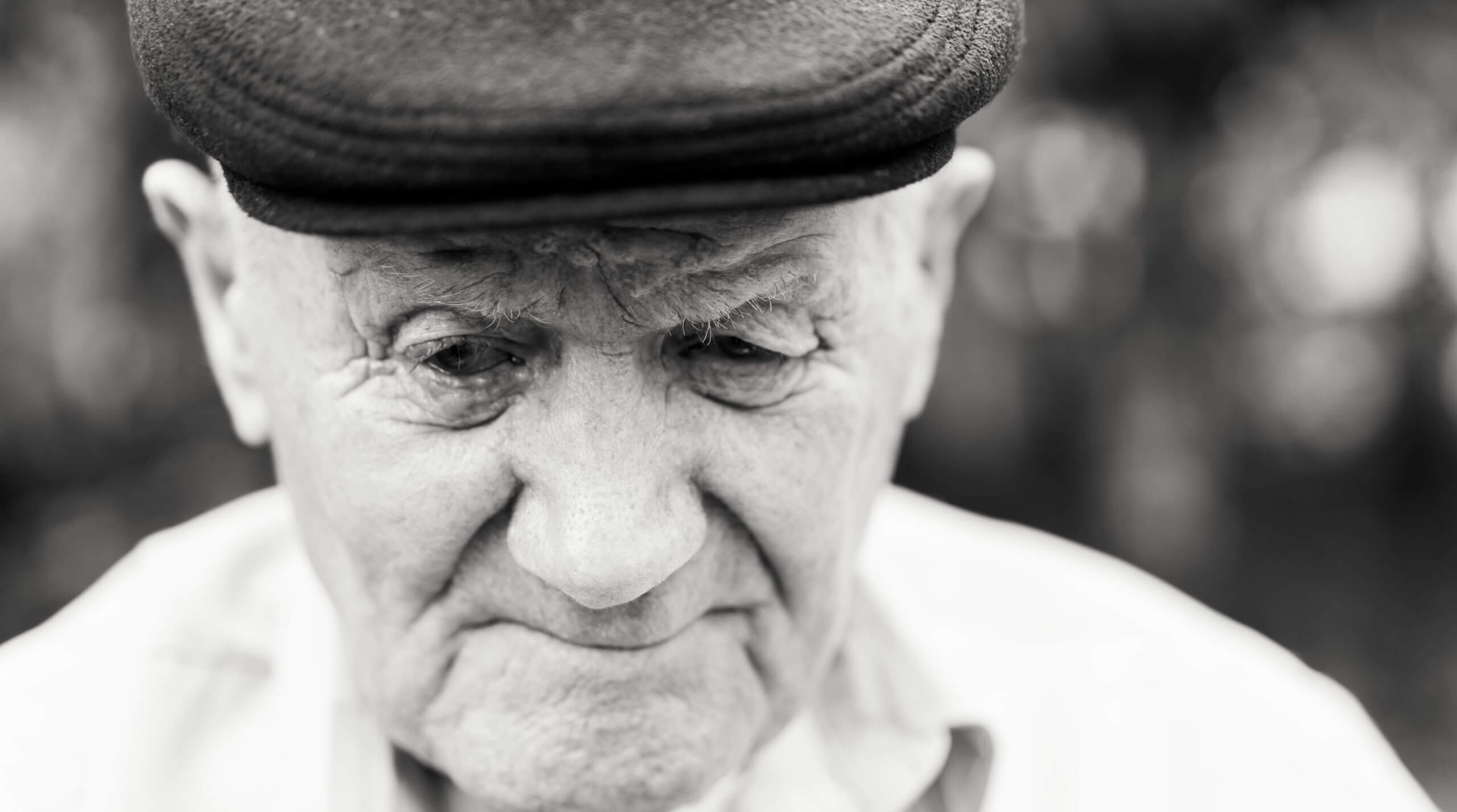להיות זקן: הרב איל ורד בשיעור על מעלת הזקנה