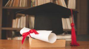 הסודות של חודש אדר: איך מקבלים תואר בפקולטה למדעי השמחה?