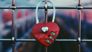 דרך באמונה: מהי אהבת אמת?