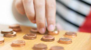 שאלה:האם מותר לפרוט כסף מקופת צדקה כאשר הפריטה היא לצורך מצווה?