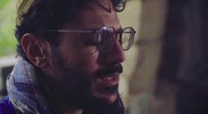 בגעגועי: אוריה הרוש בשיר מלא געגועים לה'