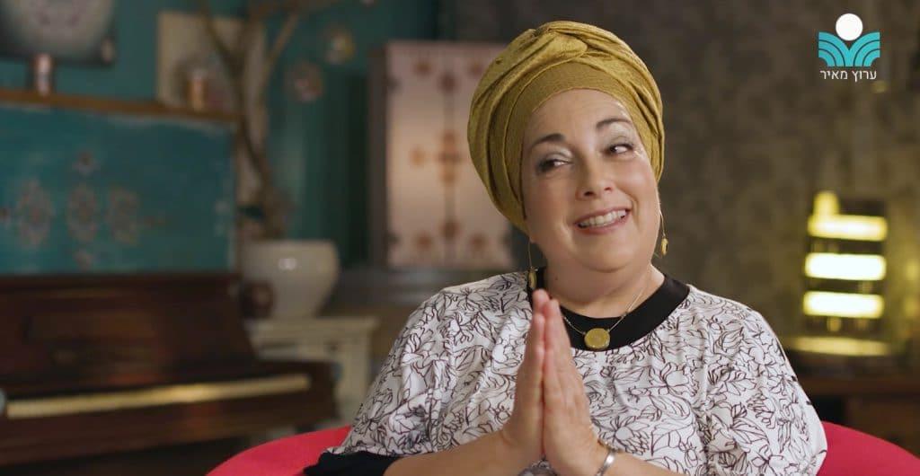 """""""איך אוציא לרשות הרבים דבר כל כך צנוע?""""; יעל שבח בראיון אישי ונשי עם הרבנית רות בנימין"""